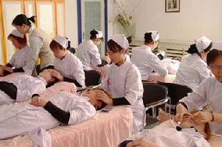 2020年重庆护理学校毕业生就业方向