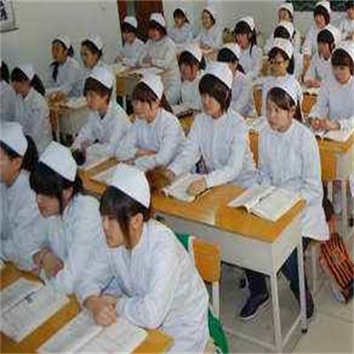 重庆市长寿卫生学校(护理专业)招生条件